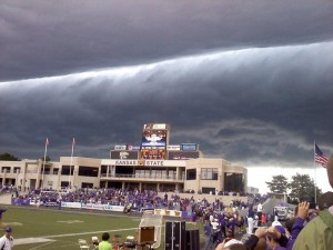 Storm Suspends Football Game in Kansas