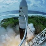 SpaceX's Dragon the First Private Spaceship