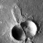 Dual crater on Mars