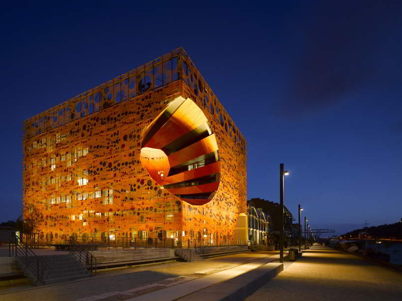 wordlesstech orange cube in lyon france