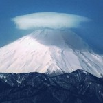 Lenticular cloud over Mount Fuji