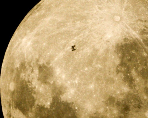 ISS-Moon
