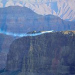 "Swiss ""Jetman"" flies over Grand Canyon"
