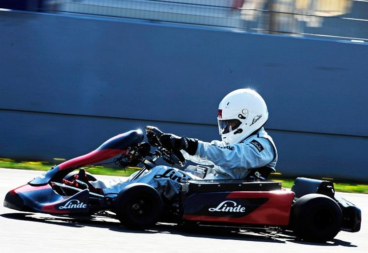 Fastest Acceleration by Electric Kart
