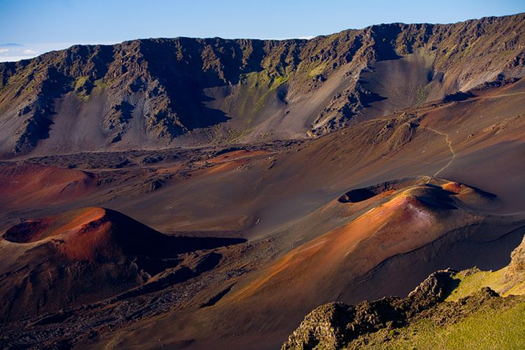 Mount crater