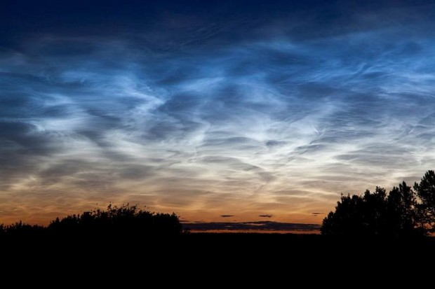 Noctilucent clouds (1)