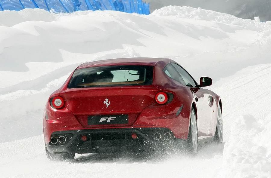 ferrari debuts snow driving school wordlesstech. Black Bedroom Furniture Sets. Home Design Ideas