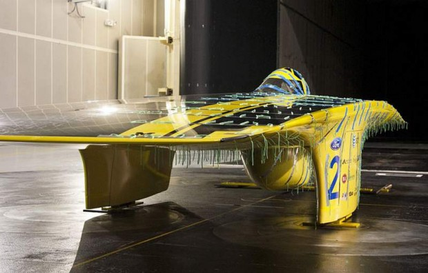 Wordlesstech 3 Automakers With U M Solar Car Team To