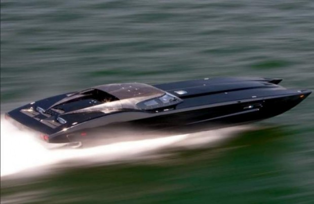 Powerboat ZR48 MTI (1)