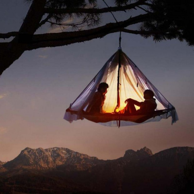 Hanging Tent