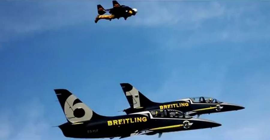 Jetman with Jets (4)