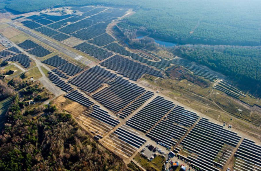 Largest Solar power plant of Europe | wordlessTech