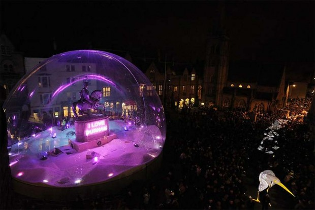 sound and light show in the city of Durham (4)