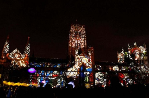 sound and light show in the city of Durham (1)
