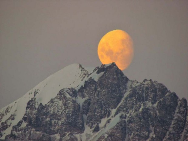 Moon and ice (2)