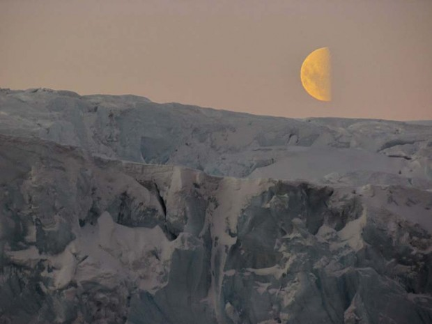 Moon and ice (4)