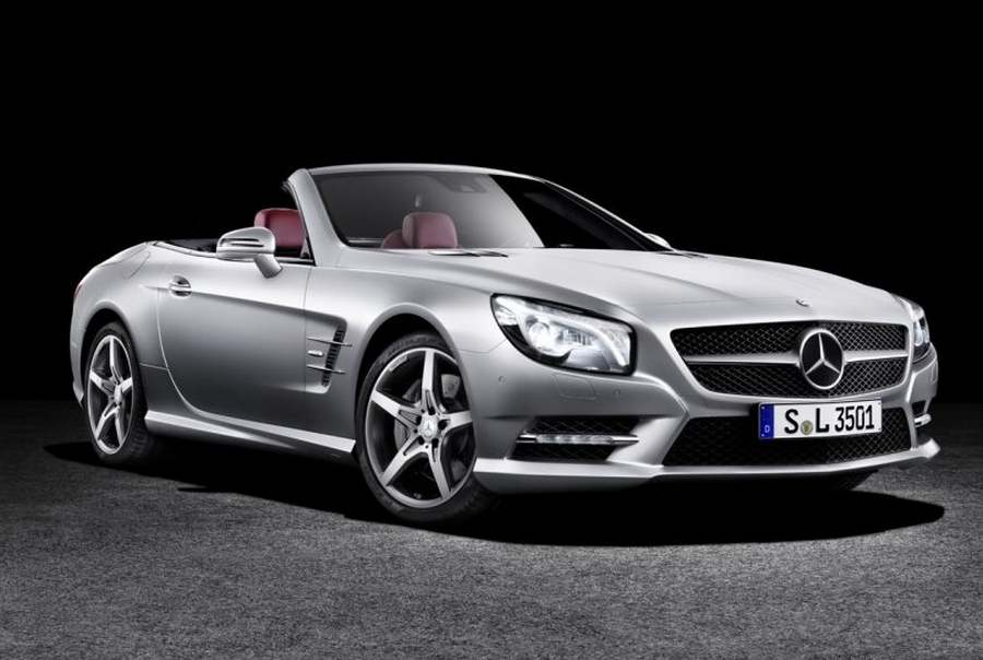 wordlessTech  This is the new MercedesBenz SL video
