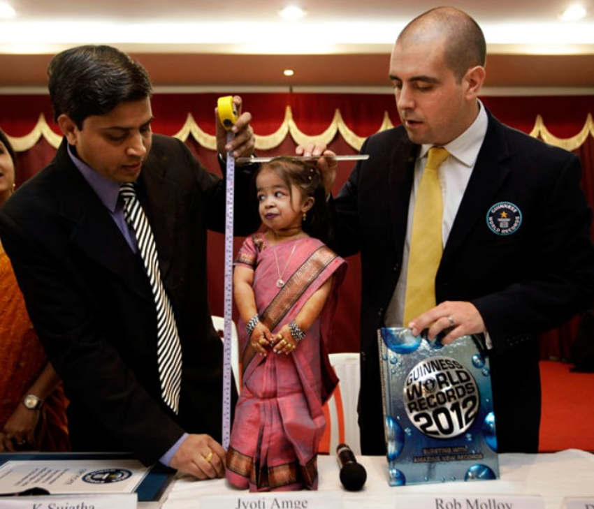 world s shortest woman by Guinness World Records