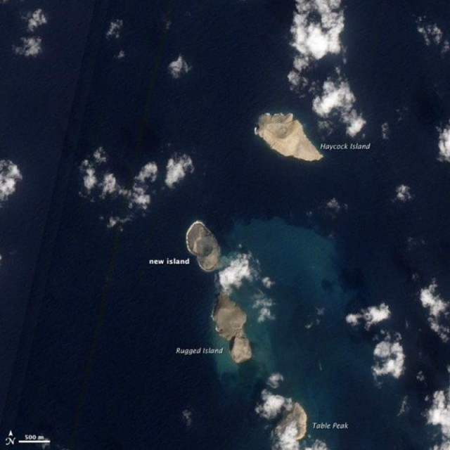 A new island is forming in the Red Sea