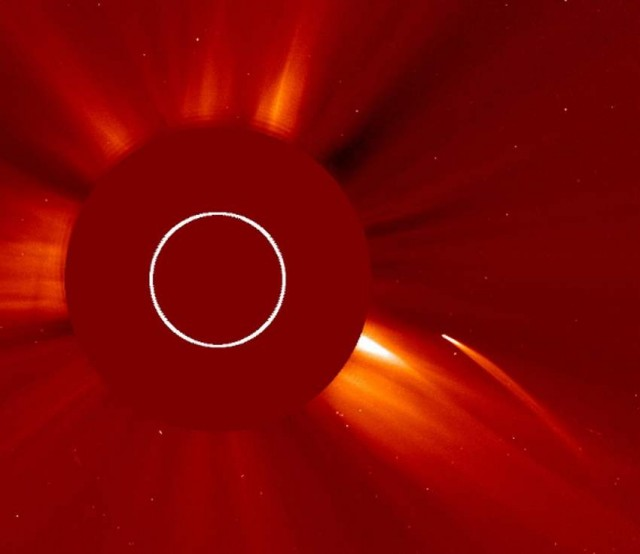 Kreutz comet vaporized as it flew too close to the Sun