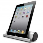 Mo'Beats wireless Bluetooth speaker stand