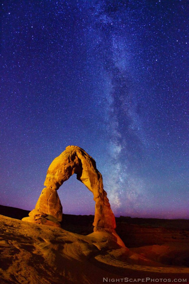 Delicate Arch and Milky Way stars