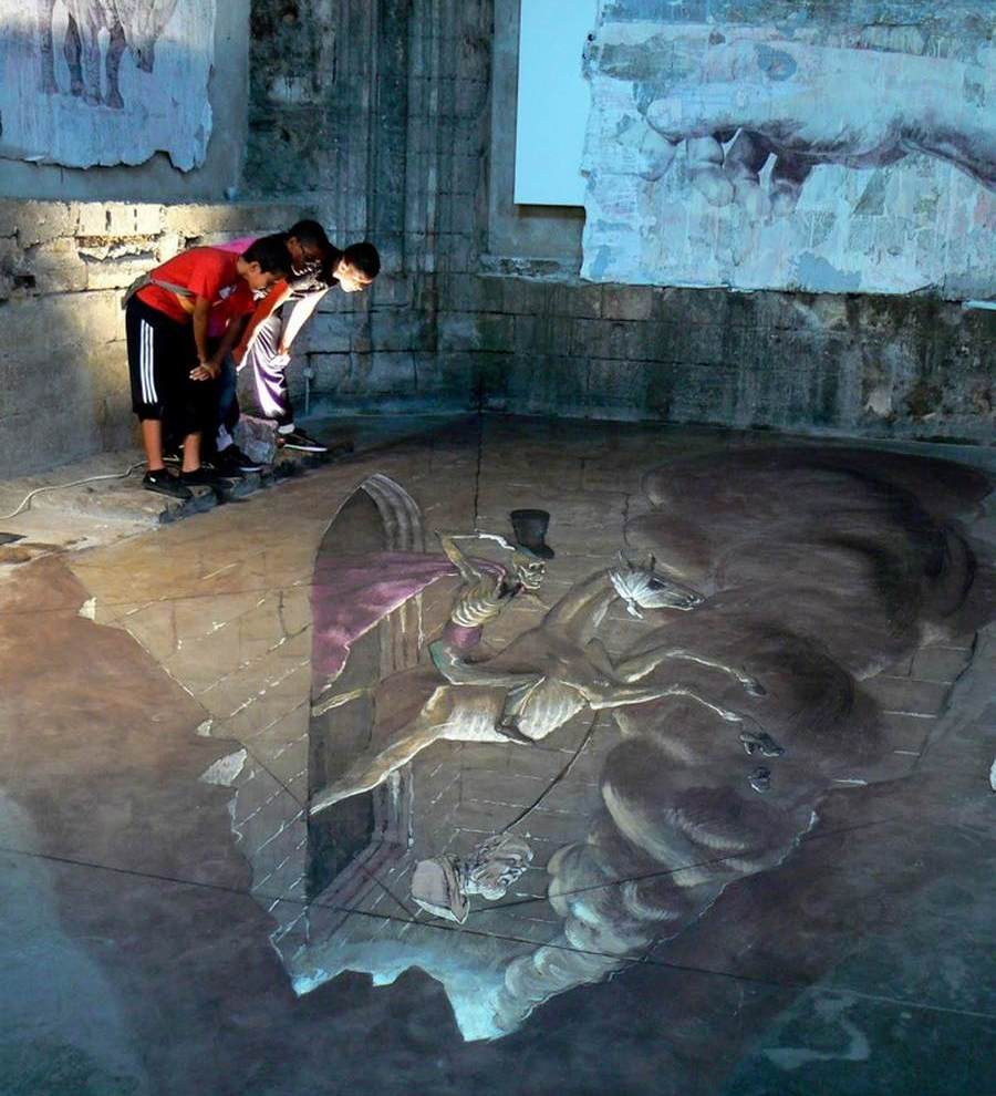 3d street art illusions by eduardo rolero wordlesstech for 3d street painting mural art