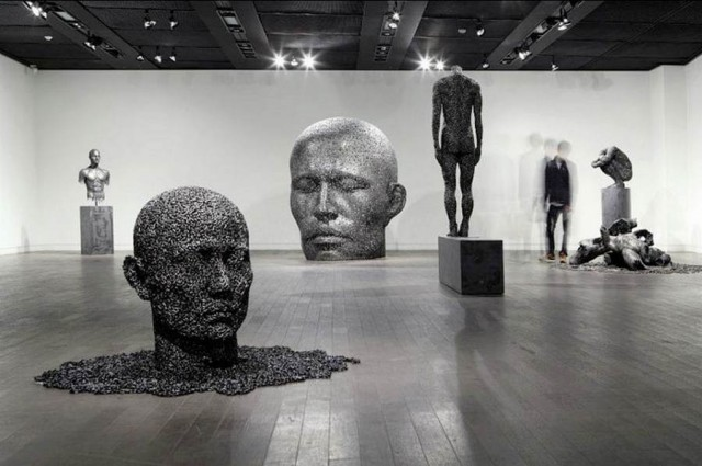 Chain sculptures by Seo Young Deok (2)