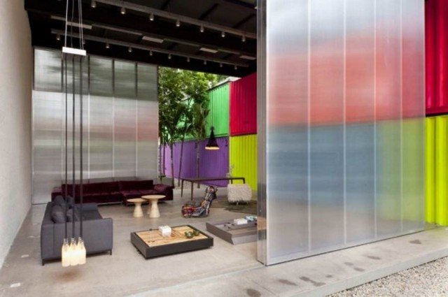 Colorful container residence by Marcio Kogan in Sao Paulo, Brazil (2)
