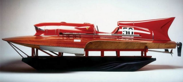 Ferrari hydroplane Arno XI racing boat for sale (1)