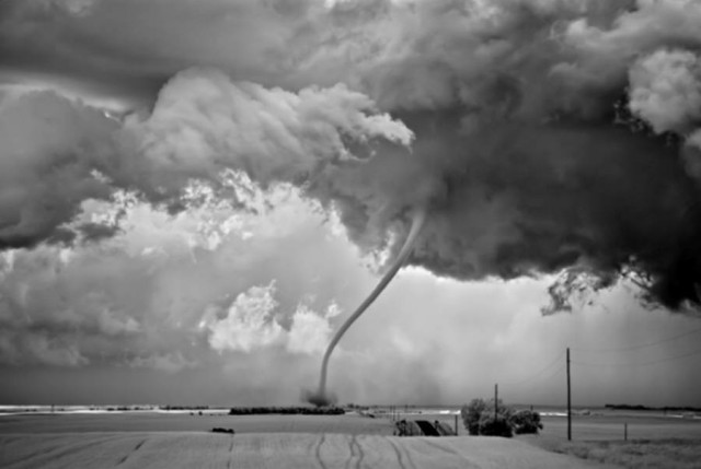 Heavy Srorm photography by Mitch Dobrowner