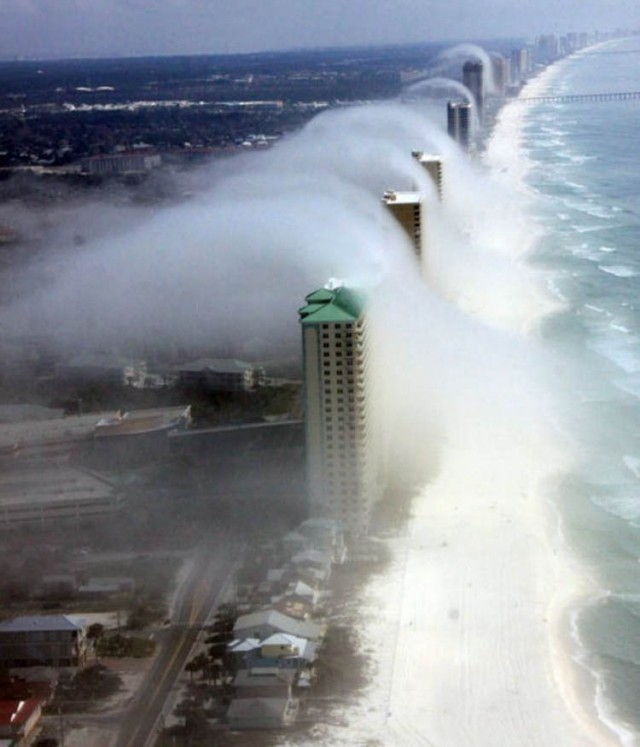 Unusual cloud formation hovered over Panama City, Florida