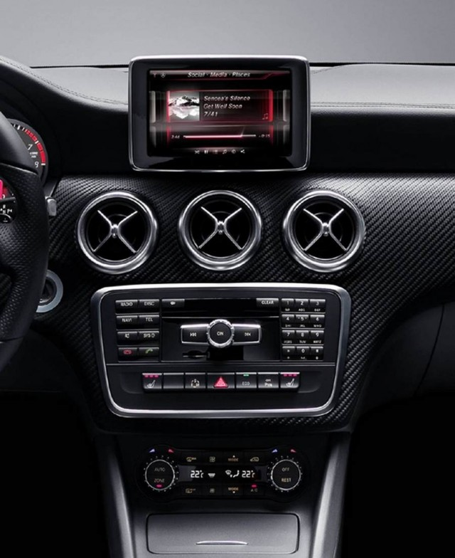 iPhone and Siri into new Mercedes A-Class