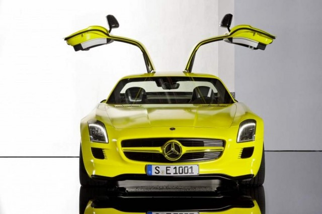 Mercedes-Benz SLS AMG E-CELL (2)