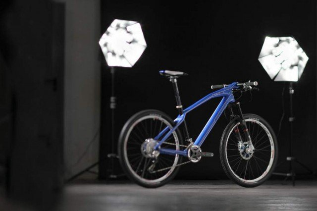 Mondraker podium carbon fiber bike by Cero Desing (1)