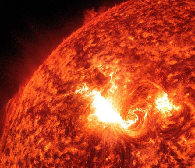 Coronal Mass Ejections (CME) unleashed by active region 1429