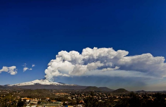 Eruption of Mount Etna 2012