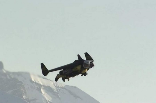 Jetman in Swiss airspace (2)