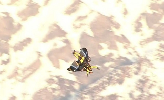 Jetman in Swiss airspace (1)