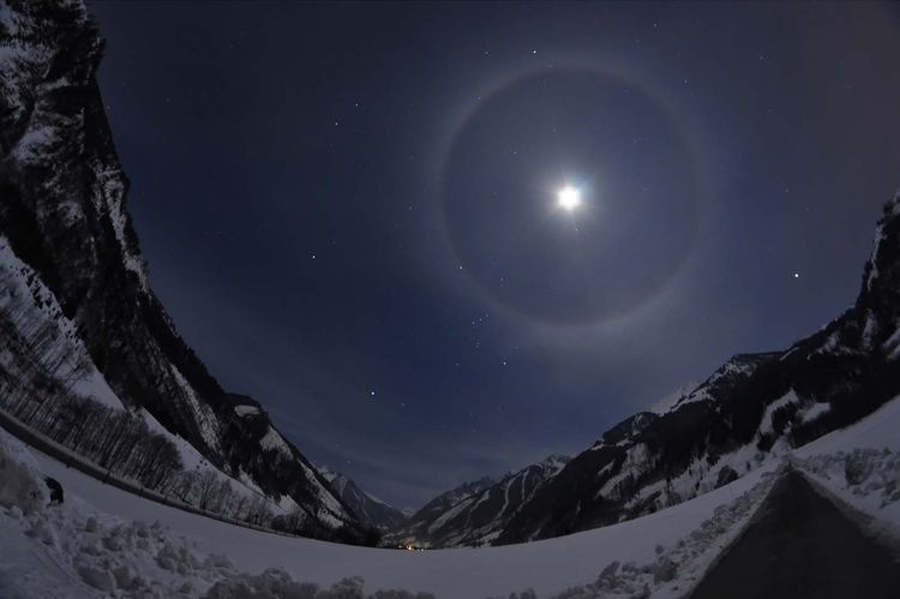 Lunar Halo, Orion and Grossglockner