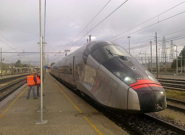 NTV Italo high speed train (3)