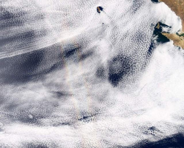 Rainbow feature in this image taken by Aqua over the Pacific Ocean