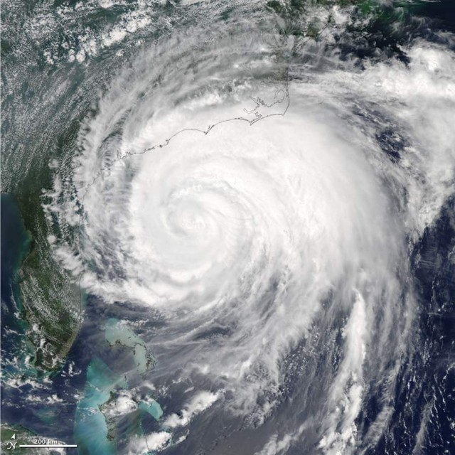 Hurricane or tropical storm warnings extended from South Carolina to Maine as Hurricane Irene, from Aqua satellite