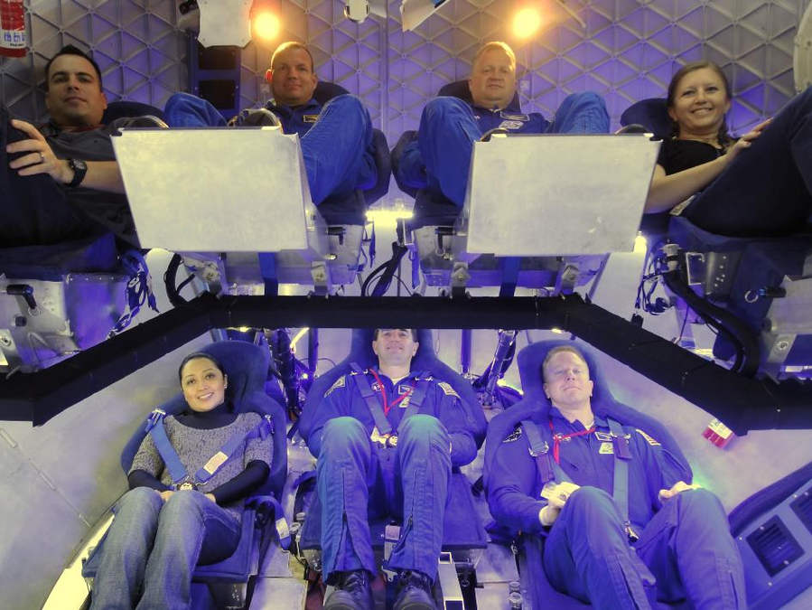 Dragon's spacecraft crew accommodations