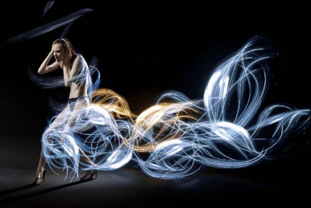 Light Painted Dresses by Atton Conrad (1)