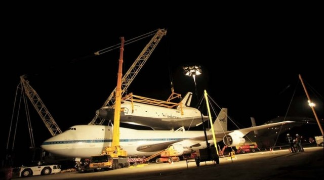 Enterprise removed from 747 Carrier Aircraft