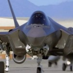 F-35 shot with Red Epic (video)
