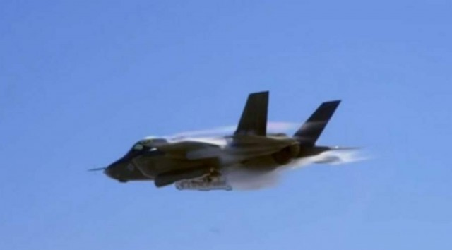 F-35 shot with Red Epic (2)