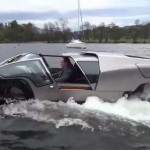 Scamander high-speed amphibious (video)