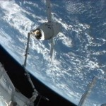 SpaceX Dragon Captured by ISS (video)